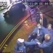 Gestore pub colpisce con un pugno in testa cliente13