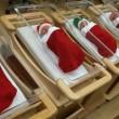 Babbo Natale su flebo: divertenti decorazioni in corsia8