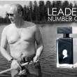 Putin regalo libro citazioni, profumo, calendario7
