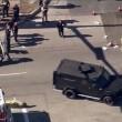 California, spari tra la folla: morti, caccia a tre bianchi06