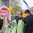 I sindacati della polizia e delle Forze dell'ordine hanno protestato sotto casa di Matteo Renzi, a Pontassieve, contro i tagli alla sicurezza 3