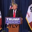 Donald Trump, pomodori contro di lui5