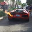 Lamborghini a fuoco parcheggiatore la stava provando7