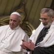 Papa in Sinagoga, storico abbraccio a Rabbino Di Segni3