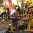 Pesi troppo pesanti bodybuilder fa crollare tutto 2