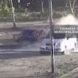 YOUTUBE Incidente choc: mamma e figlio travolti da auto 4