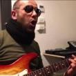 Checco Zalone imita Adriano Celentano