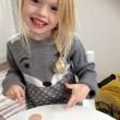 """YOUTUBE Bimba autistica chiede """"toast"""": non parla da 3 anni02"""