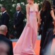 Dakota Johnson, chi è l'attrice del film 50 sfumature di grigio 30