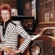 YOUTUBE David Bowie re dello stile: androgino, punk o dandy