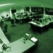 YOUTUBE Un fantasma si aggira in ufficio 02