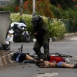 Giacarta, kamikaze e raffica di esplosioni: vittime FOTO 3