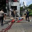 Giacarta, kamikaze e raffica di esplosioni: vittime FOTO 5