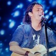 YouTube, Gianluca Grignani ubriaco imbarazza Gigi D'Alessio