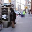 "New York, ""GuyFi"": cabine per masturbarsi per strada2"