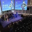 Valentino Rossi - Jorge Lorenzo: stretta di mano ma...FOTO6