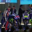 Valentino Rossi - Jorge Lorenzo: stretta di mano ma...FOTO