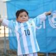 Messi realizza il sogno di Murtaza: maglietta per il bimbo afghano 02