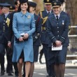 VIDEO YOUTUBE Kate Middleton in divisa militare visita Raf 02