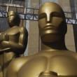YOUTUBE Leonardo DiCaprio vince Oscar, la sua reazione 07