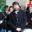 Funerale Umberto Eco, folla al Castello Sforzesco 14