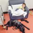 Labrador e bimbo autistico inseparabili anche in ospedale 2