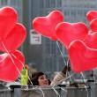 San Valentino: 1 su 5 regala fiori3