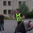YOUTUBE Polizia Usa impara da quella scozzese a non uccidere 4