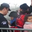 Migranti sfondano confine Grecia-Macedonia. Sgombero Calais 5