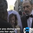 Times Square, a 65 anni sposa 12enne3