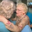 YOUTUBE Conosce la madre per la prima volta 82 anni dopo2