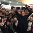 Berlusconi è sceso nello spogliatoio ed ha festeggiato la vittoria del derby (3-0 contro i resti dell'Inter di Mancini) con la squadra