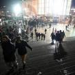 YOUTUBE Carnevale Colonia: reporter molestata in diretta tv04