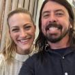 """Dave Grohl incontra la bambina di """"Heart-Shaped Box"""" FOTO"""