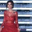 Sanremo 2016, Madalina Ghenea: meglio davanti o dietro? FOTO22