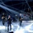 """Sanremo, Lucio Dalla """"canta"""" con gli Stadio3"""