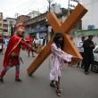 Filippine, India, Spagna...la Via Crucis nel mondo129