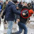 FOTO Migrante accoltellato da un altro migrante a Calais04