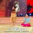 Platinette perde gonnellino a Ballando con le Stelle VIDEO2
