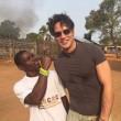 Gabriel Garko vola in Sierra Leone per volontariato 03
