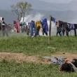 Idomeni: lacrimogeni contro migranti9