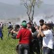 Idomeni: lacrimogeni contro migranti5