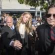 Amber Heard evita carcere: portò suoi cani in Australia illegalmente11