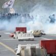 Napoli, corteo anti-Renzi contro polizia: sassi, lacrimogeni8