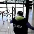 Bologna, gioco tre carte all'Autogrill 13 arresti3