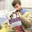 Copertine libri imbarazzanti, lo scherzo in metro7