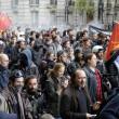 Jobs act francese mozione di sfiducia e scontri