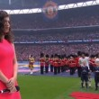 Perde attacco inno 90mila tifosi cantano da soli2