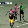 Espulso, ammolla calcio avversario davanti arbitro4