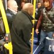 Uomo picchiato su bus Sei razzista6